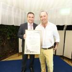 L'Ambasciatore Andrea Tasciotti consegna il riconoscimento a Mauro Boccuccia