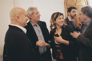 Durante il momento coniviviale_ da sx_ Maurizio Ferrini_Franco Micalizzi_Lisa Bernardini_Giovanni Brusatori (Small)
